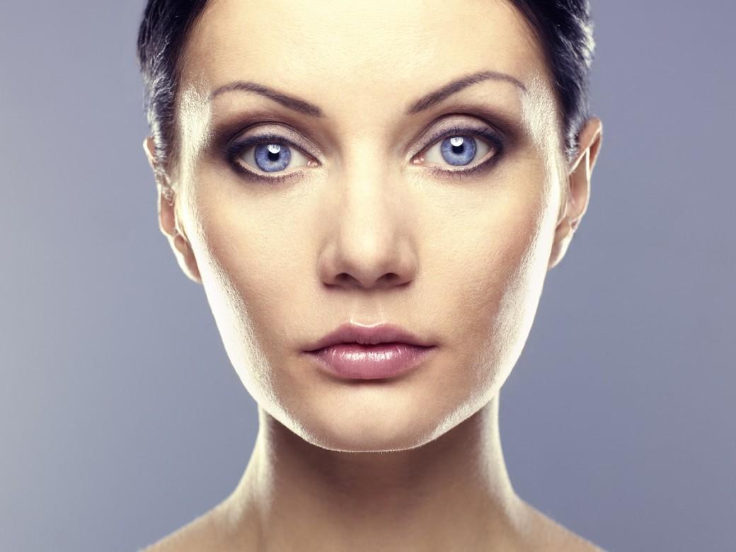 kobieta po przeprowadzonym zabiegu laserem frakcyjnym w gabinecie medycyny estetycznej